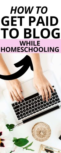 Starting a homeschool can be stressful and money might feel tight. Here's how to set your own hours and be your own boss with a money-making blog!
