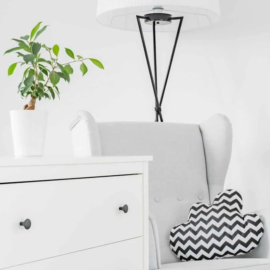 Creating a minimalist home is simple. Check out how to declutter your home one room at a time for a perfect minimalist living space you can call home.
