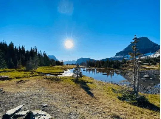 Want to plan a trip to Glacier National Park on a budget (even with kids?) Here are 10 things we did to keep Glacier fun and affordable!