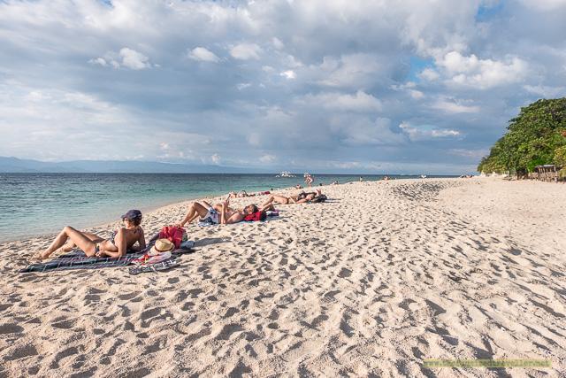 White beach in Moalboal