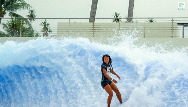 The flow barrel wavehouse in Sentosa.