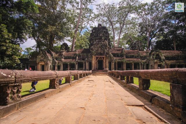 Preah Khan temple entrance