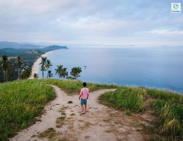 Looking at Irawan Beach from Bato Ni Ningning.