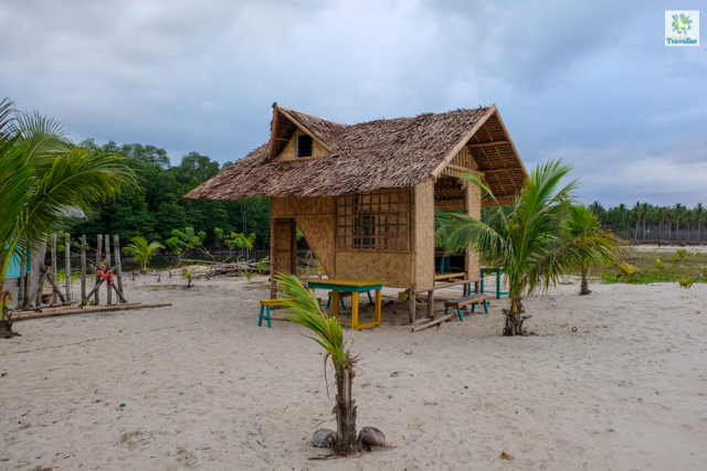 A small hut for guests at one of the only two resorts at the left end of Long Beach.