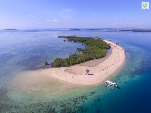 Starfish Island at Honda Bay