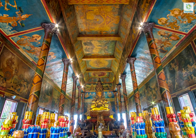The interior of Wat Phnom.