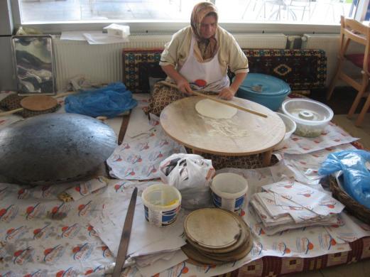 lady making bread in turkey
