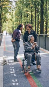 how to know when it's time for assisted living