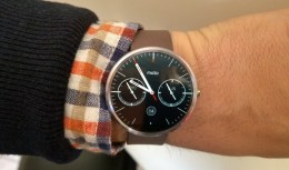 Motorola Moto 360 reviewed by Matt Porter on BBC Radio Suffolk