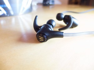 FlyONE Dark Headphones