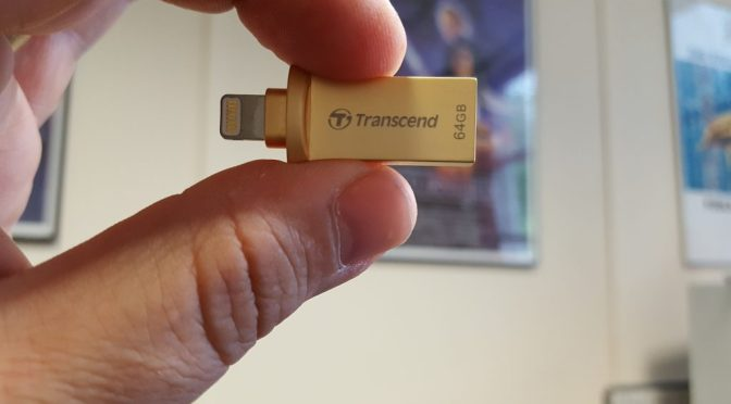 Transcend JetDrive Go 500G - Side View