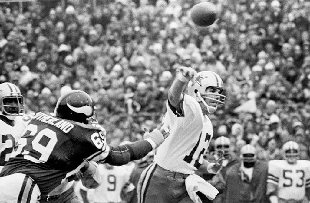 Classic NFL Games -- The Hail Mary Game -- First Half