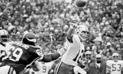 Classic NFL Games -- The Hail Mary Game -- Second Half
