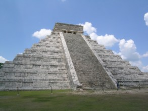 Where to spend a month in Mexico. El Castillo, Chichen Itza, Mexico