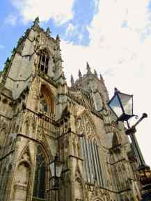 York Minster - York city walls walk