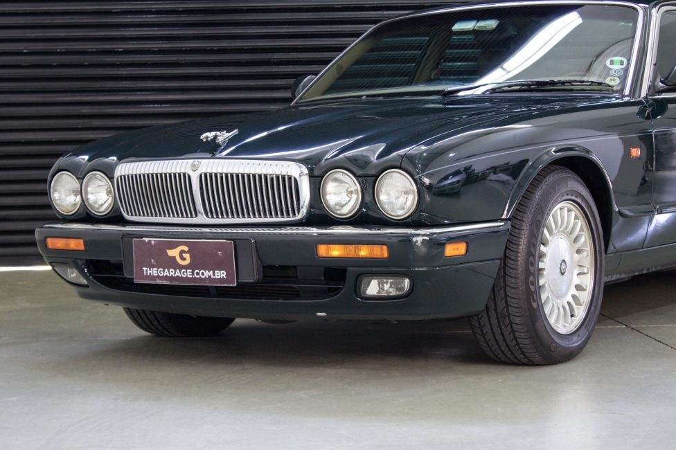 1995 Jaguar XJ12