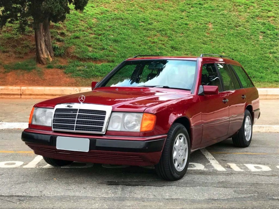 1991-Mercedes-benz-300TE-thegarage-02