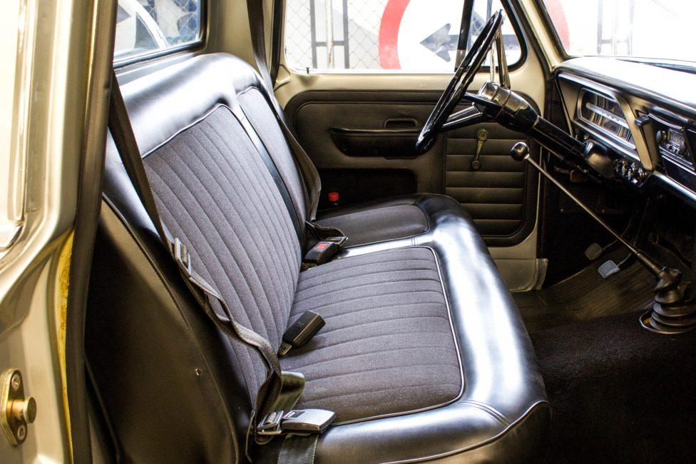 1980 Ford F-100 interior