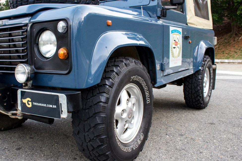 1997-land-rover-defender-soft-top
