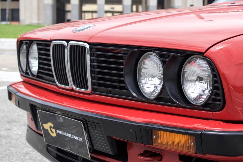 1988-bmw-325i-e30-conversivel-vermelha-farol