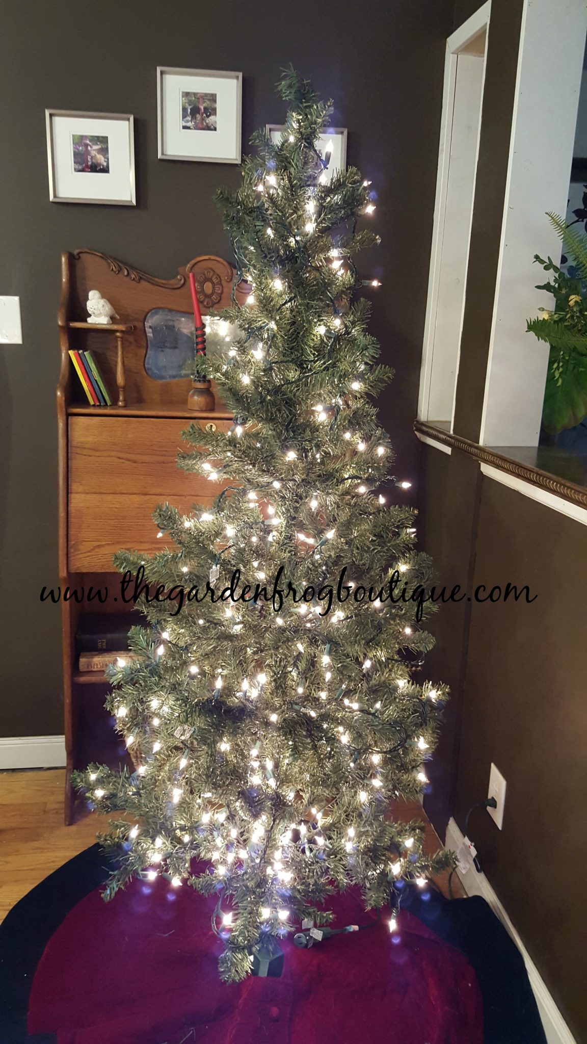 best way to put christmas lights on trees