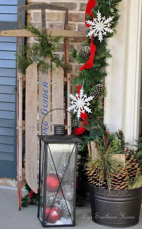 DIY Outdoor Christmas Decorating!