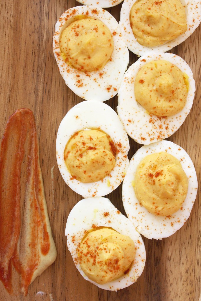 Spicy Greek Yogurt Deviled Eggs -- TheGarlicDiaries.com