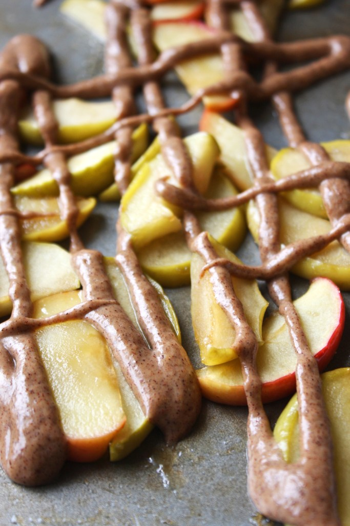 IMG_19Roasted Apples with Cinnamon Peanut Butter Sauce -- TheGarlicDiaries.com31