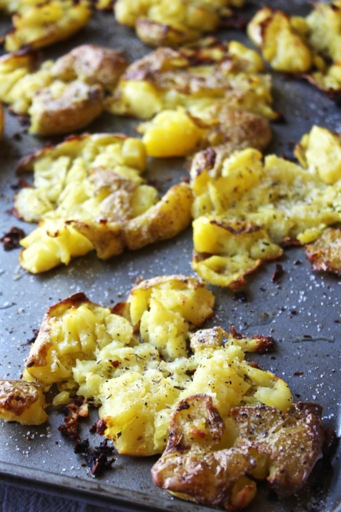 IMCrispy Garlic Smashed Potatoes -- TheGarlicDiaries.comG_1990