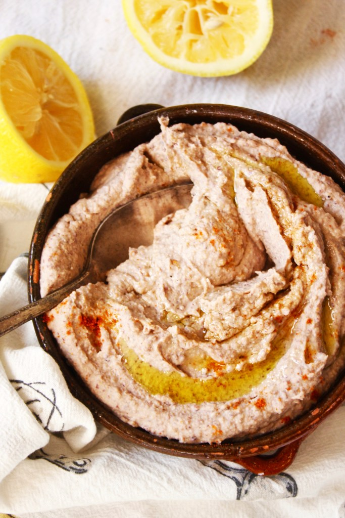 10 Minute Black Bean Hummus - This super quick and easy appetizer will become a favorite in your house! Gluten free and vegan -- TheGarlicDiaries.com