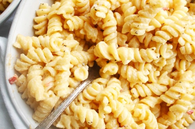Crazy Easy Three Ingredient Pimento Mac and Cheese