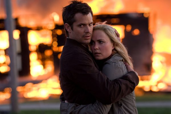 Timothy Olyphant and Radha Mitchell in The Crazies