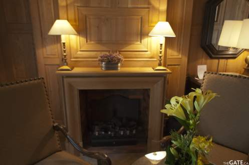 Junior suite fireplace
