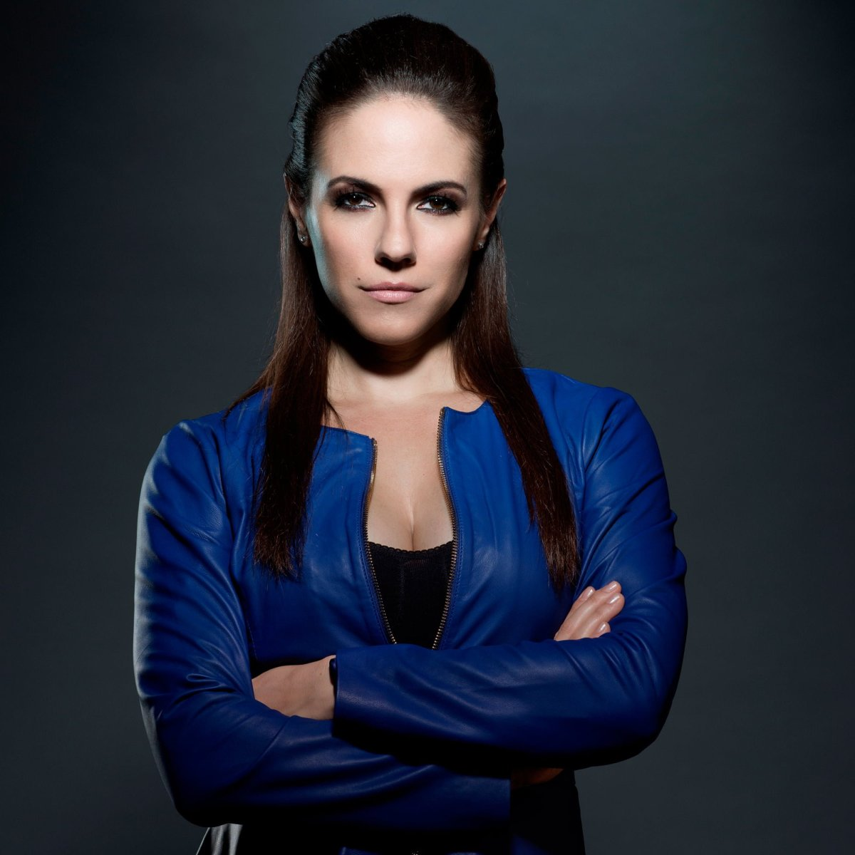 Anna Silk talks 'Lost Girl' on the set of season 4