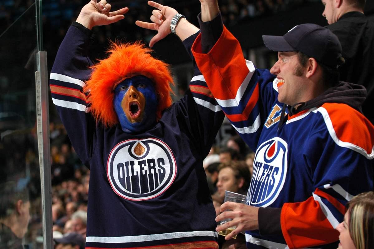 Edmonton Oilers NHL hockey fans