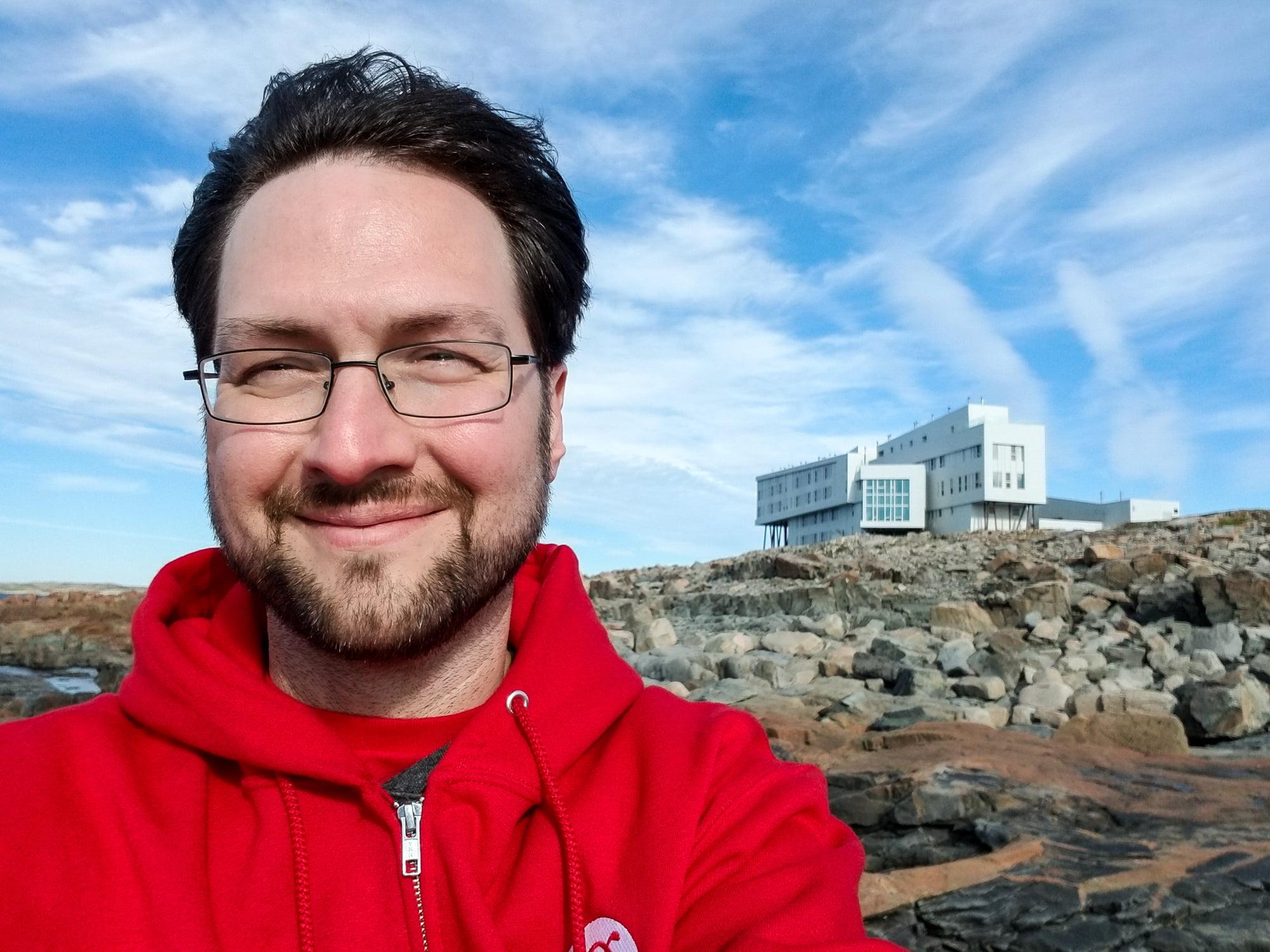 Selfie at Fogo Island Inn | Samsung Galaxy Note 8