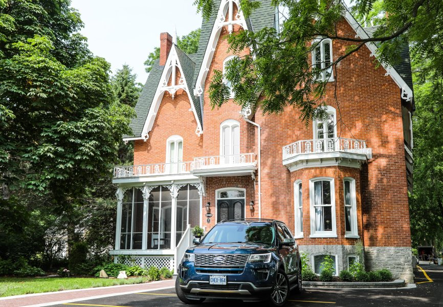 The 2019 Ford Explorer Platinum in front of Merrill House in Picton, Ontario
