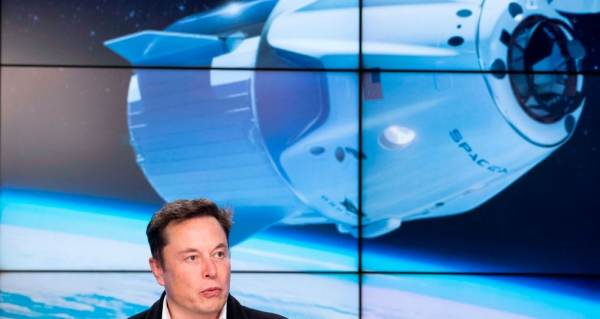 DOJ Investigating Elon Musk's SpaceX for Allegedly Failing to Hire a Non-US Citizen Non-Permanent Resident