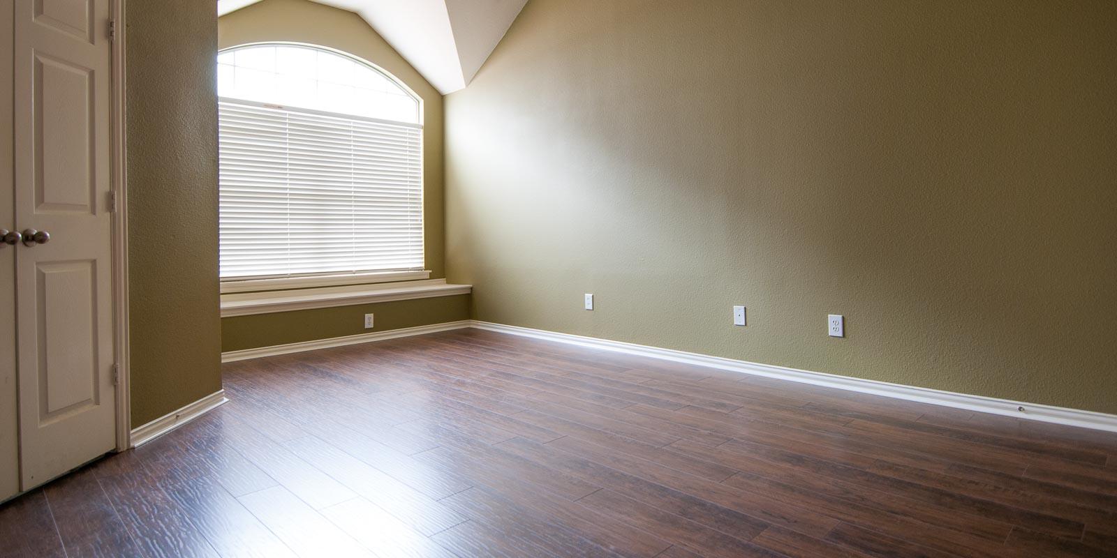 Master Bedroom Update Ladies and Gents We Have a Floor