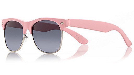 Pink chunky clubmaster-style sunglasses