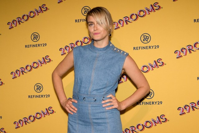 is taylor schilling lesbian or bisexual