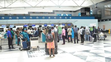 Photo of Four Days On, 1500 Nigerian Air Passengers Still Stranded In Ghana