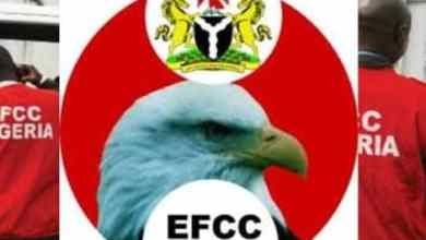 Photo of EFCC Nabs Two Ladies For Attempting To Smuggle Hard Drugs To Detainees