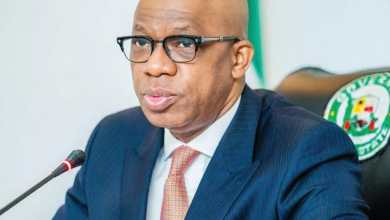 Photo of Abiodun Awards Contract On Water Projects