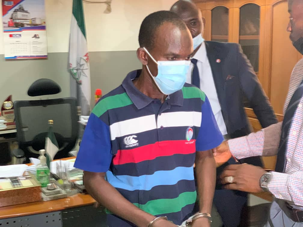 Suspect Arrested With 54 ATM Cards Handed Over To EFCC In Kano