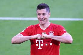 Robert Lewandowski Equals Gerd Muller's Bundesliga Goals Record