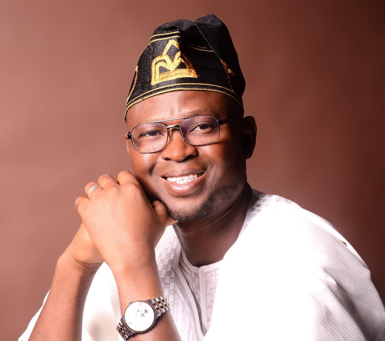 Hakeem Alao Salutes Soun Of Ogbomoso At 95