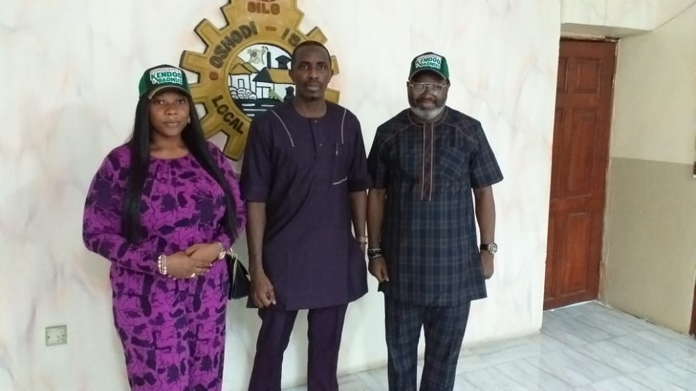 Lagos LG Elections: Oshodi Isolo APC Candidate Presents Running Mate