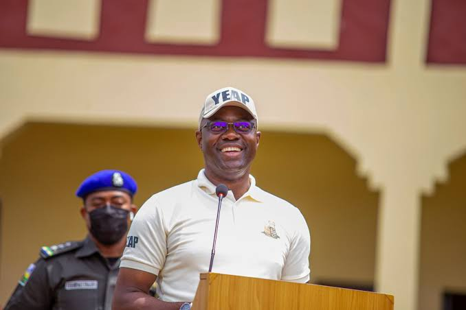 Makinde Approves Recruitment Of 500 Health Workers;Flags-off Construction Of 45.3km Saki-Ogbooro-Igboho Road