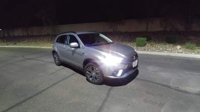 mits-outlander-sport-front-right-light